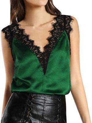 blusa verde con encaje