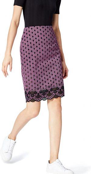 falda violeta con encaje