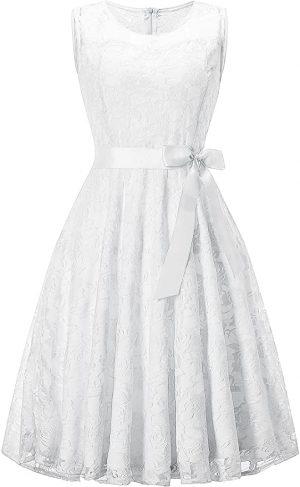 vestido de novia con encaje y lazo